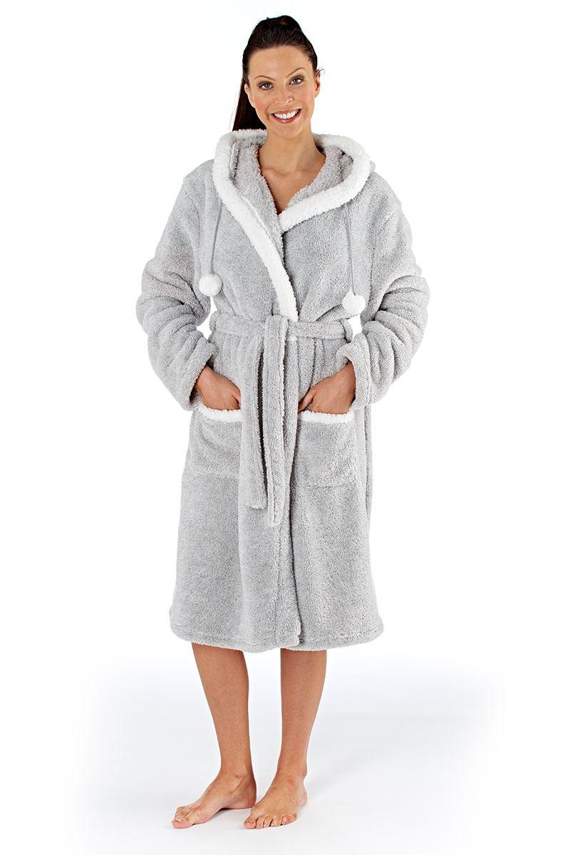 capot-dama-polar-bear