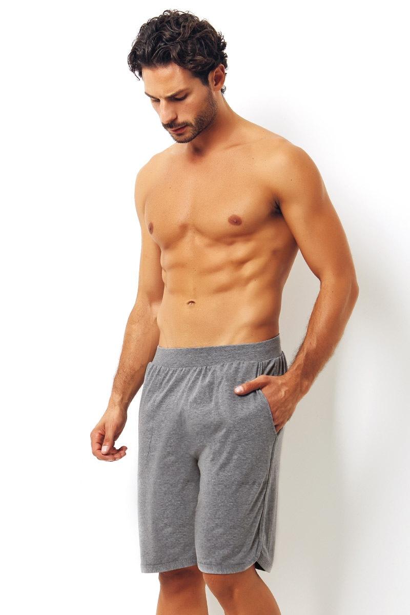 Enrico Coveri Pantalon scurt gri din bumbac